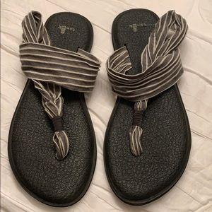 Sanuk Shoes - Sanuk sandal